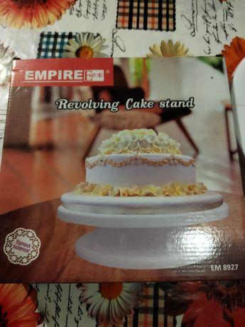 Продам крутящуюся подставку для роботы с тортом!