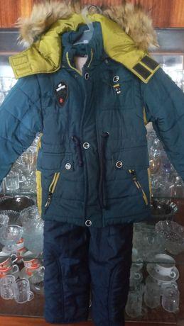 Продам зимовий комбінезон 32 розмір
