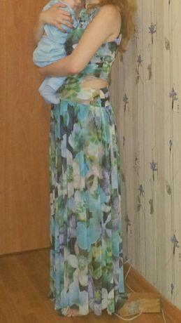 Платье с двумя юбками