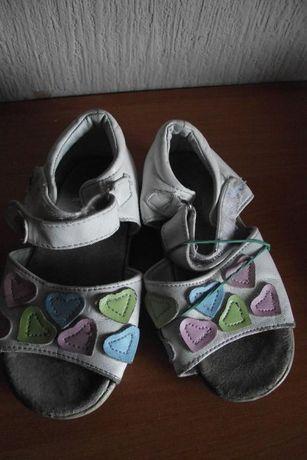 Buty letnie23, buty wiosenne23, sandały 23, usztywniana pięta