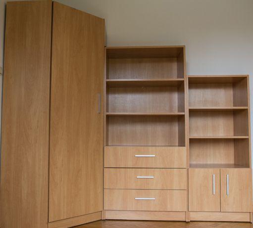duża szafa narożna na ubrania wysoka pojemna wieszaki półki meble