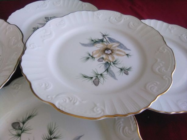 Vintage pratos porcelana Vista Alegre anos 80