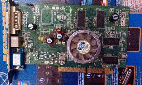 Видеокарта AGP Radron 9600PRO 128mb