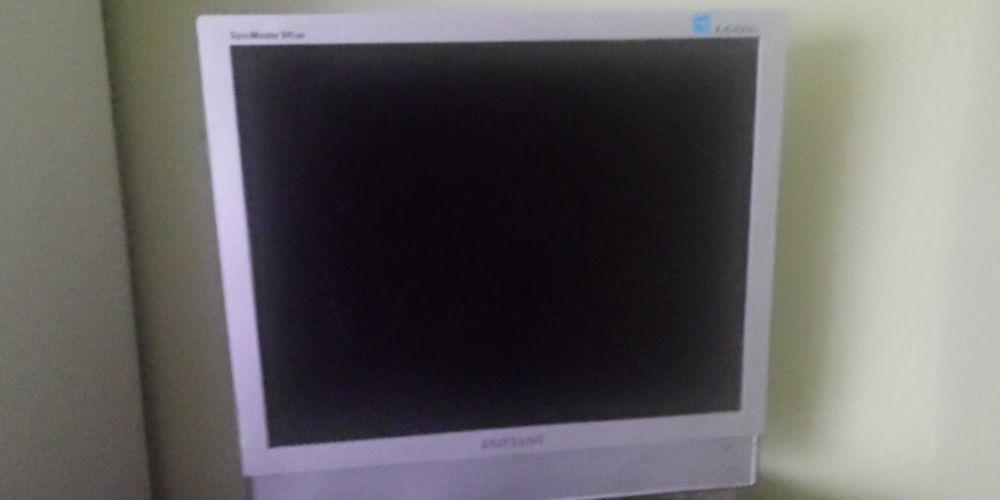 Monitor samsung z funkcją telewizora 2009 rok Koziegłowy - image 1