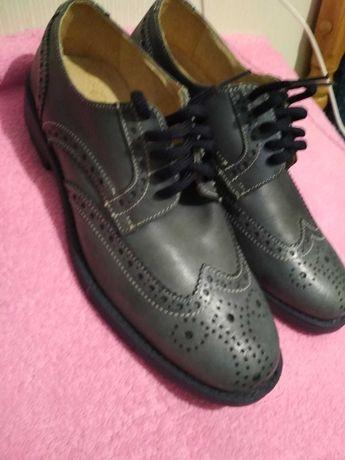 Продам туфлі чоловічі