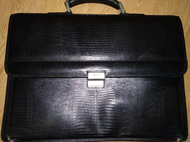 Портфель кожаный Petek 1885