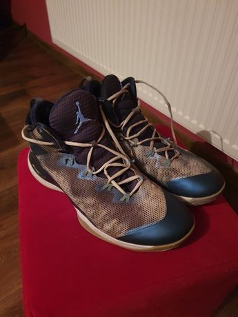 Jordan super.fly 3 blue/univeristy 48.5