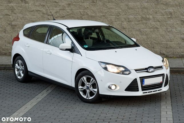 Ford Focus 1,0 benzyna Limited Champions League Bezwypadkowy Super stan