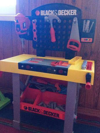 Столик для инструментов детский