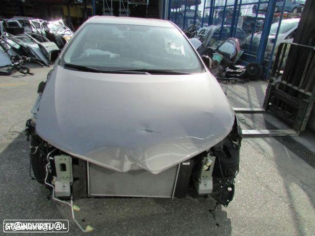 Peças Toyota Auris do ano 2012