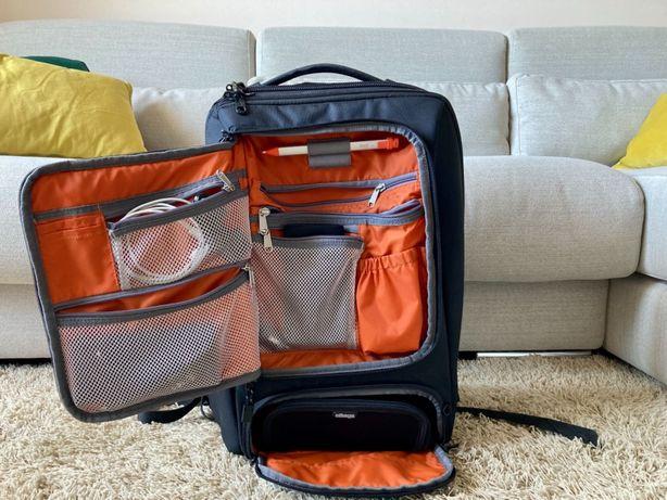 Mochila eBags Professional Slim Laptop Backpack em preto (usada)