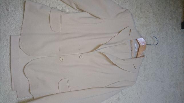 żakiet ze spodniami beżowy rozm.38