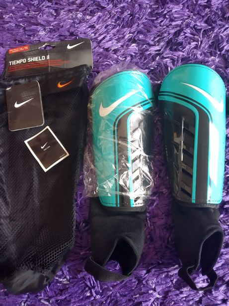 Ochraniacze piłkarskie Nike rozmiar XL