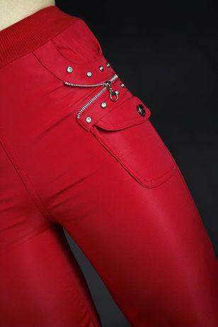 Нові !!! Спортивні брюки на дівчинку
