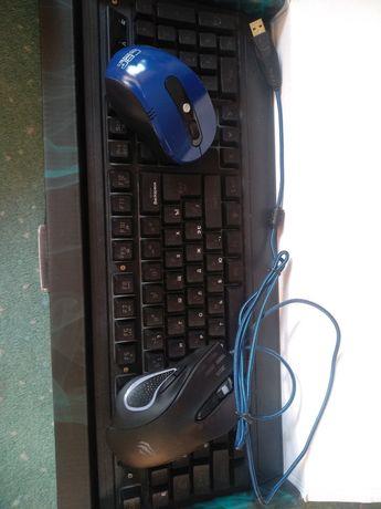 Клавиатура, + 2 мышки + петличка + качественный коврик В ПОДАРОК!)