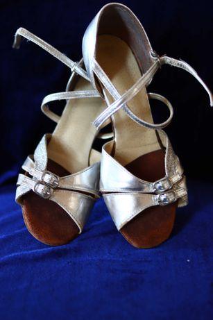 Туфли для бальных  танцев (латина) 22см