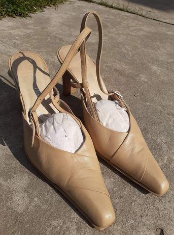 Damskie buty retro r. 40