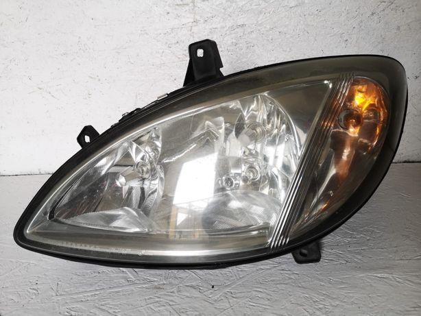 Mercedes Vito W639 lampa lewy przód