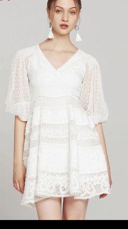 Przepiękna włoska haftowana sukienka