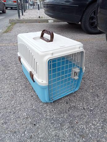 Caixa para cachorro ou gatos