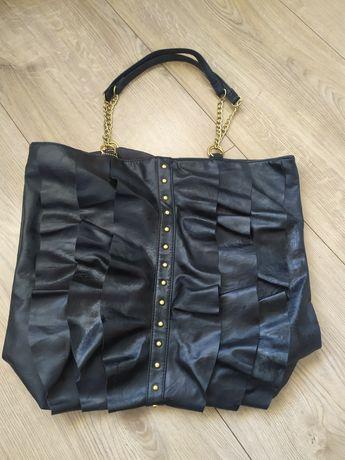 Sprzedam czarną torbę
