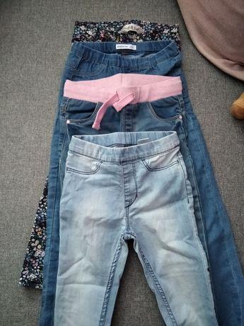 Orginalne spodnie dla dziewczynki na 4/5 lat.