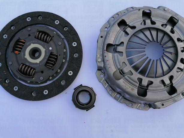"Kit de embraiagem LUK para Fiat 500 gasolina / Diesel ""NOVA"""