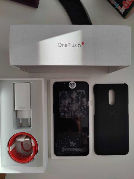 Telefone OnePlus 6T Midnight Black 8GB 128GB + Acessórios