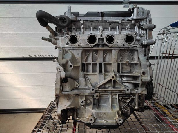 Двигатель Мотор MR20DE Nissan 2.0 бензин