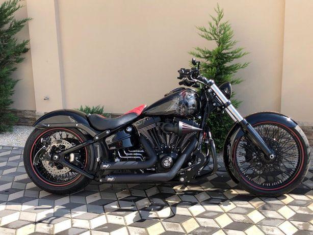 Продам Harley Davidson Breakout