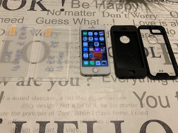 Apple Iphone 5s 16gb + 2xSzklo+2xetui