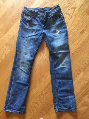 Продам джинсы Benetton