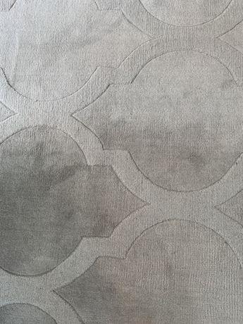 Sprzedam dwa dywany welniane lekko uzywane