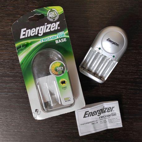 Зарядное устройство Energizer для аккумуляторов AA и AAA