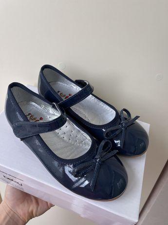 Туфли лаковые Evie