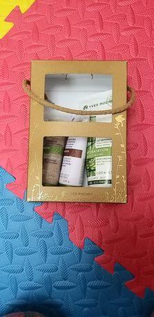 Подарок (Yves Rocher) девушке, жене, маме, сестре, подруге. Набор