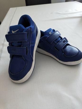 Chłopięce buty sportowe NIKE