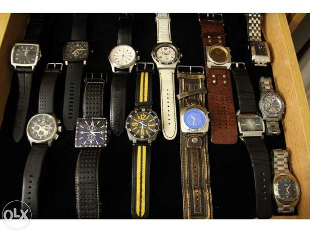 Coleção de 70 relógios