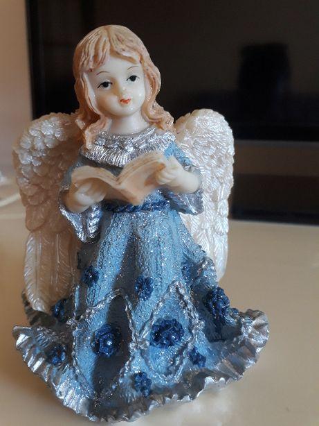 Статуэтка ангела.