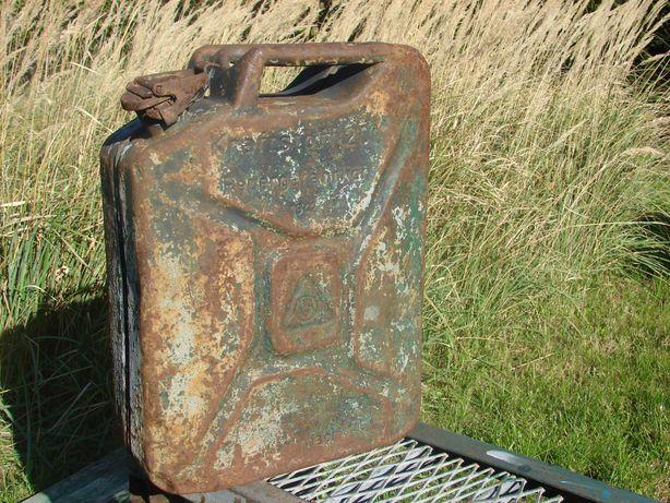Stary kolekcjonerski kanister sygnowany 1942r. Wehrmacht 20litrów