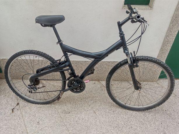 Vendo 2 bicicletas, roda 24 e 26