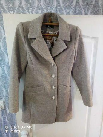 пальто Оверсайз,кардиган кашемировое,теплое,красивое.размер S