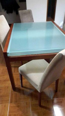 Vendo mesa extensível + 6 cadeiras