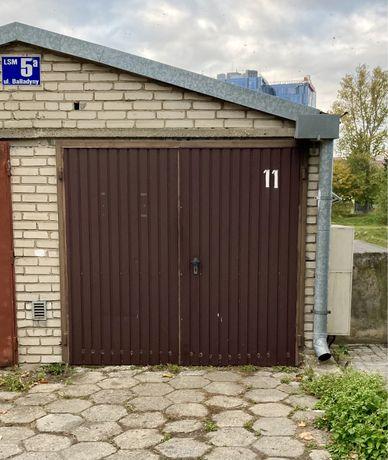 Garaż z miejscem postojowym na LSM, Balladyny!