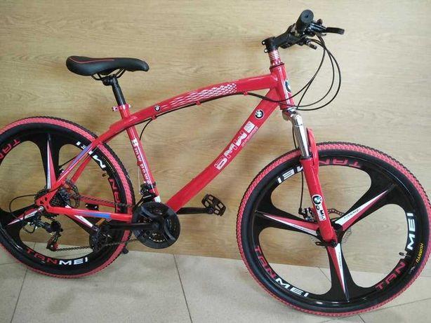 """Велосипед BMW 26/"""" на литых дисках Цвет красный,золот рост 150 - 180см"""