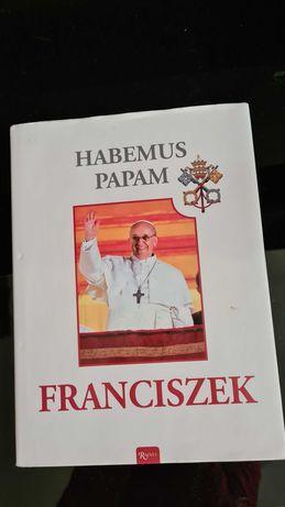 Nowa Książka w twardej oprawie FRANCISZEK HABEMUS PAPAM