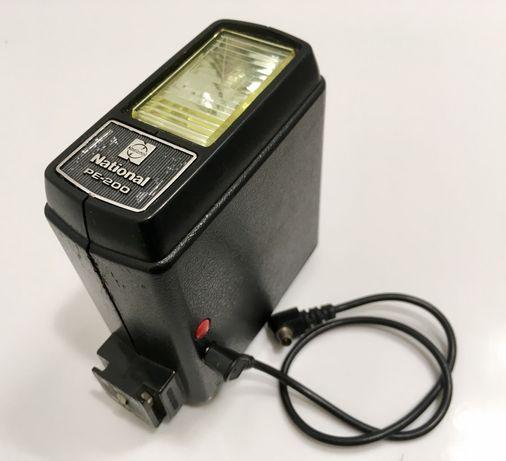 Lampa błyskowa PRL - National PE-200