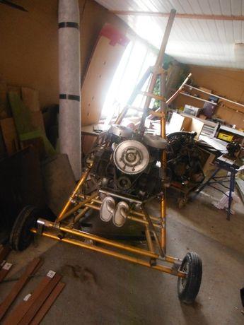 Motolotnia Hirth- Skrzydło Lotus.