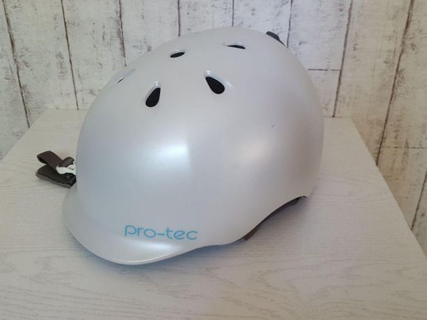 Продам Шлем для зимних видов спорта Pro-Tec