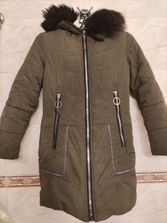 Курточка на девочку 8-10лет